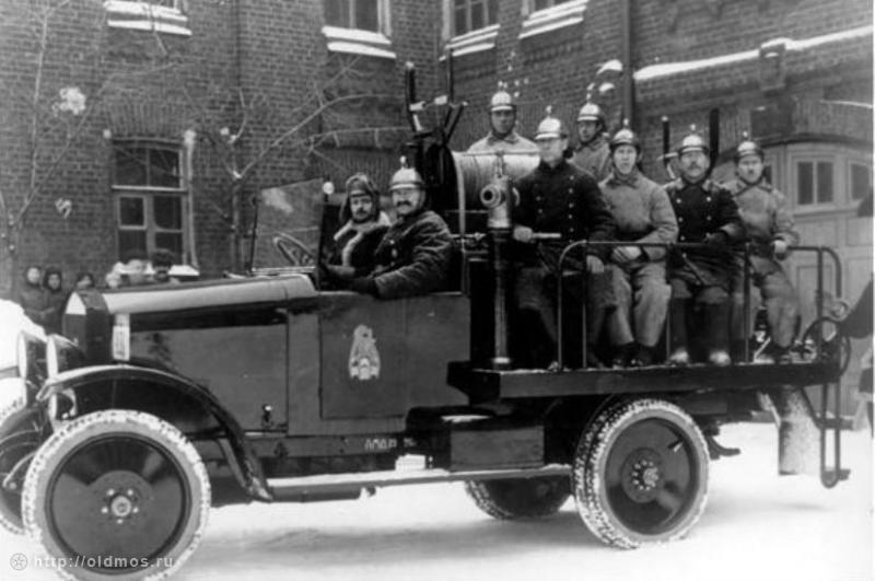 Пожарный автомобиль АМО-Ф-15, Москва, 1920-е годы
