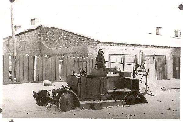 Останки пожарного автомобиля АМО-Ф-15, с которых началось восстановление
