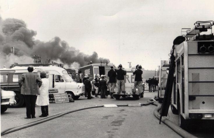 Взрыв и пожар на химическом заводе во Фликсборо, Великобритания, 1 июня 1974 года