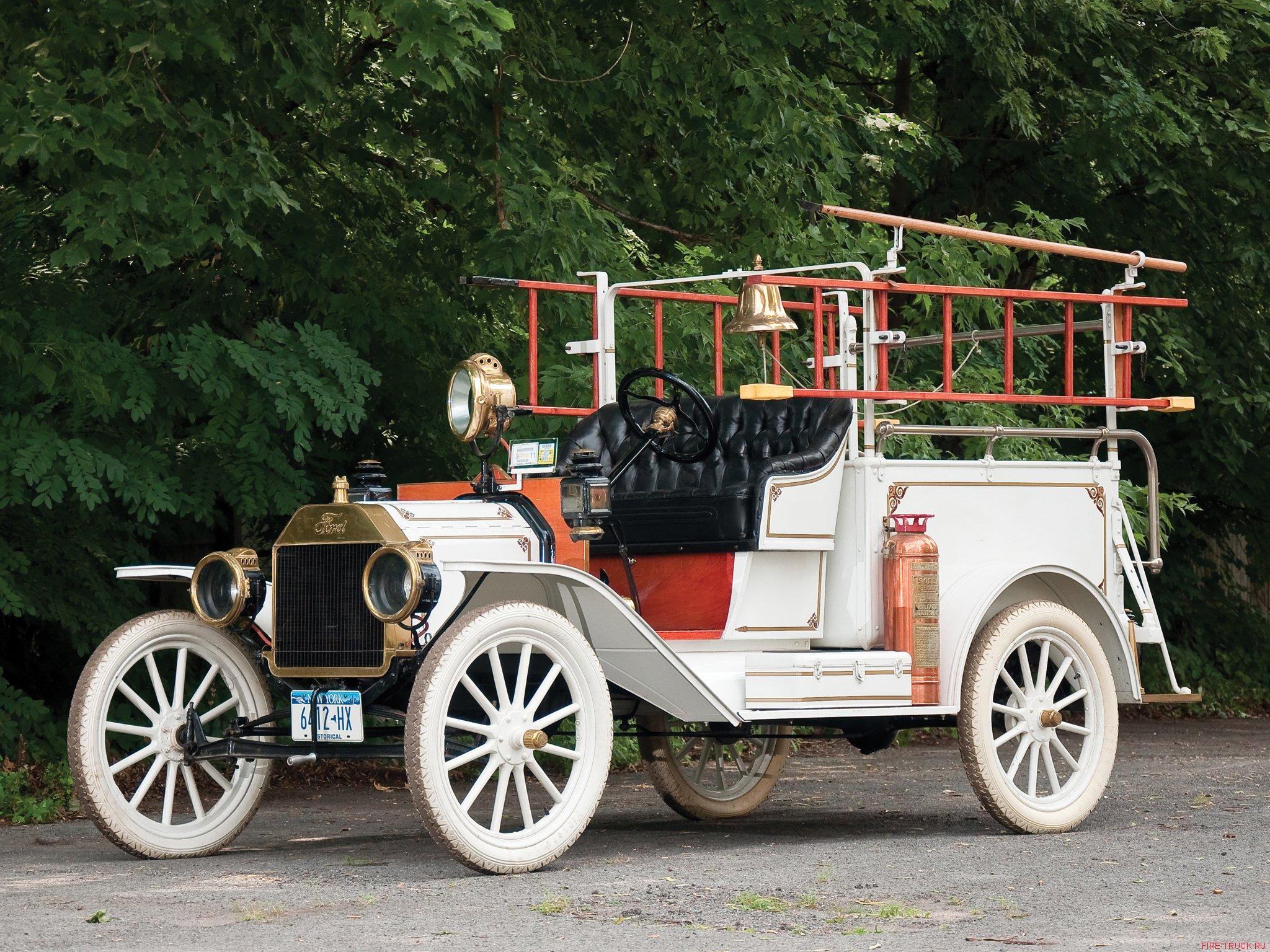 Пожарный автомобиль на шасси Ford Model T, 1913 год