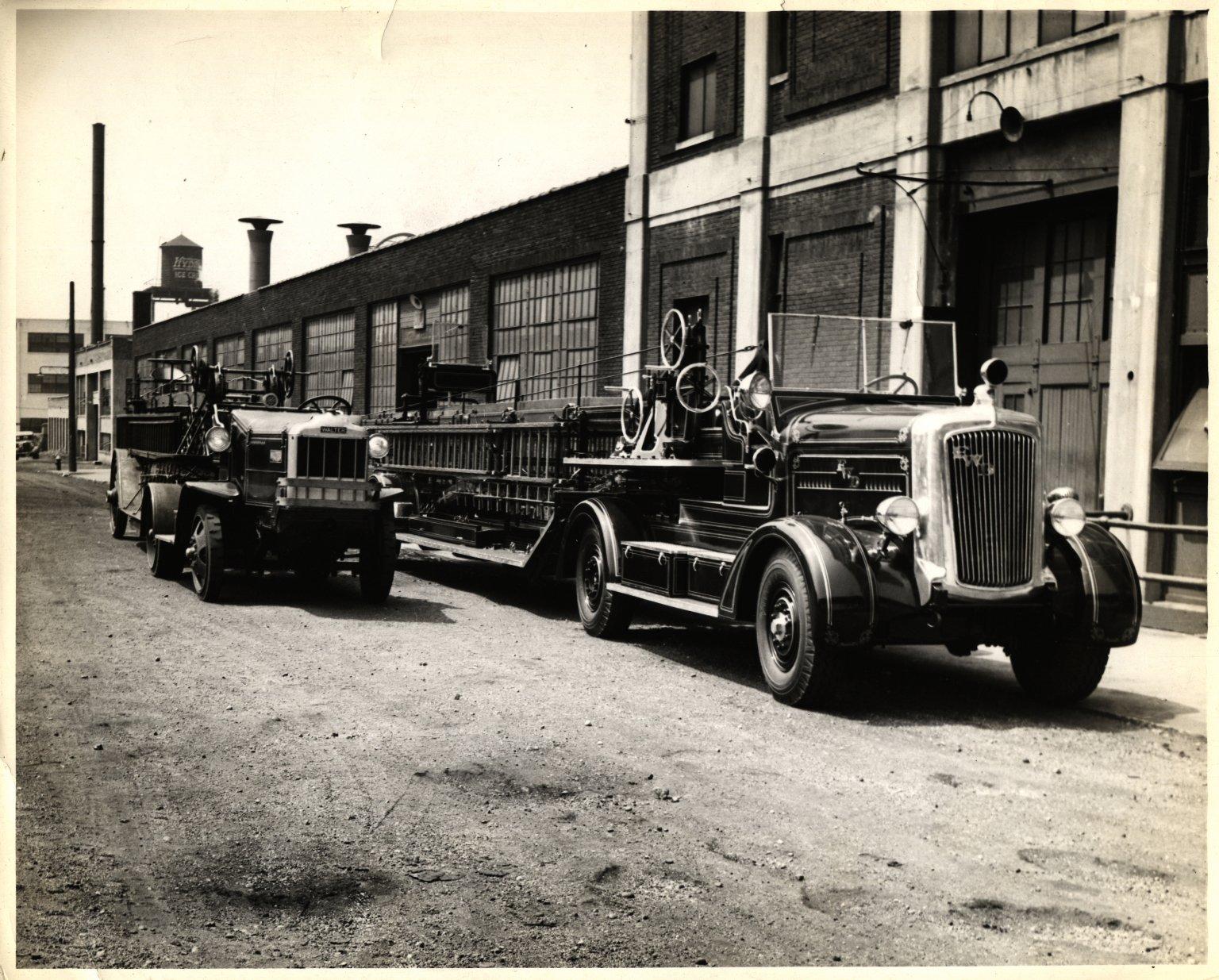 Водяная башня и автолестница. Нью-Йорк, США. 1930-е