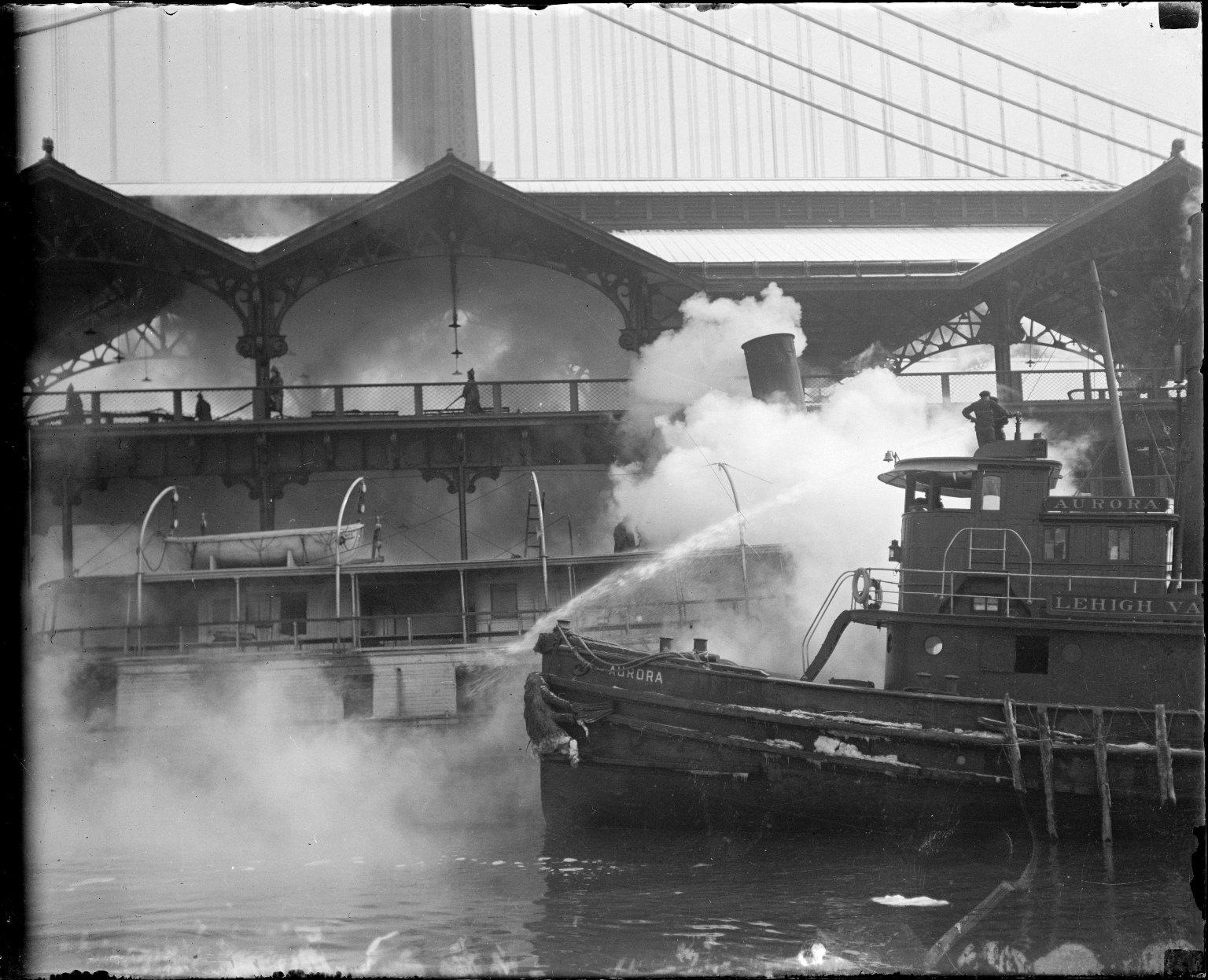 Пожар на судне. Нью-Йорк, США. 1917 год
