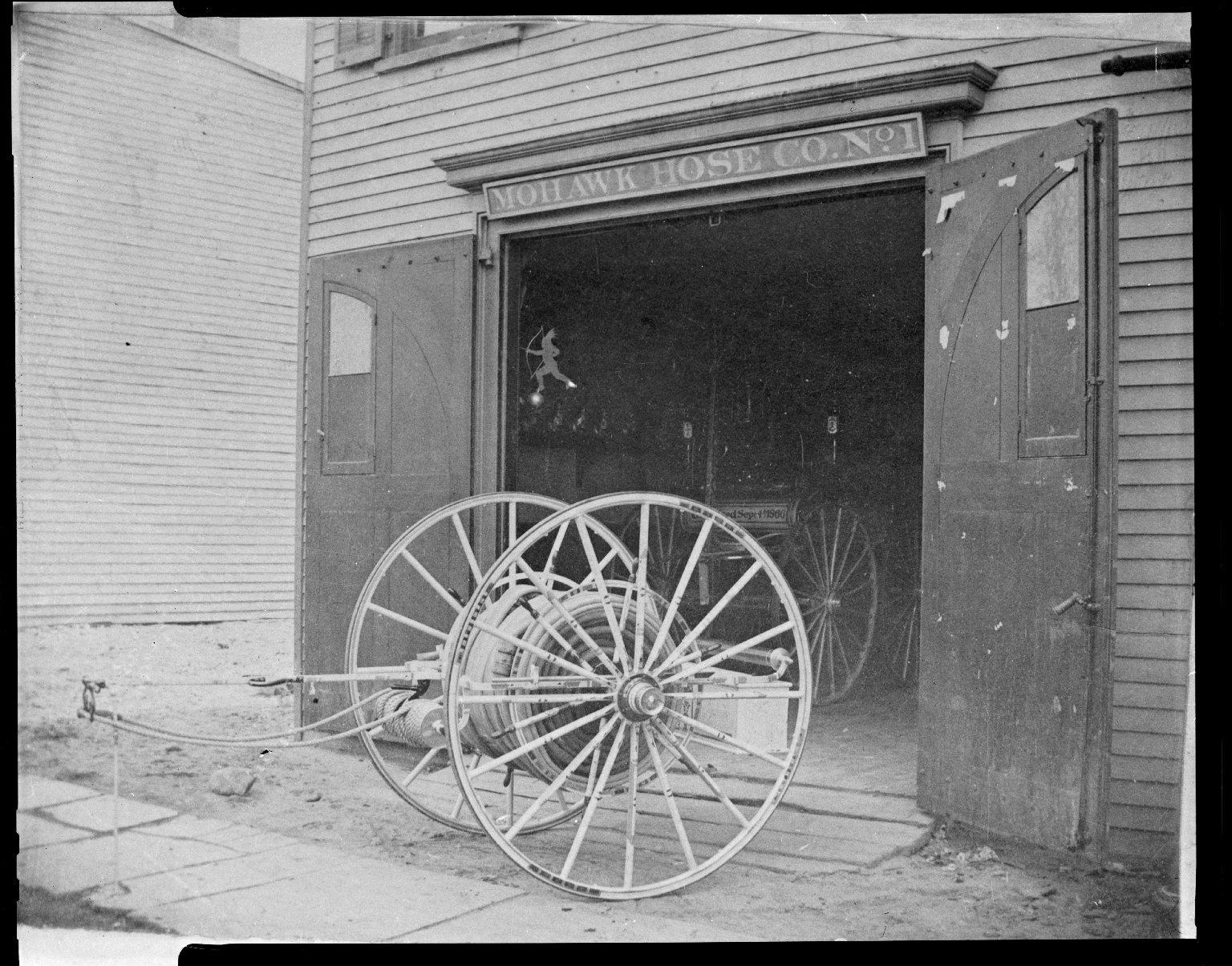 Прицеп с пожарными рукавами. Нью-Йорк, США. Начало 20 века