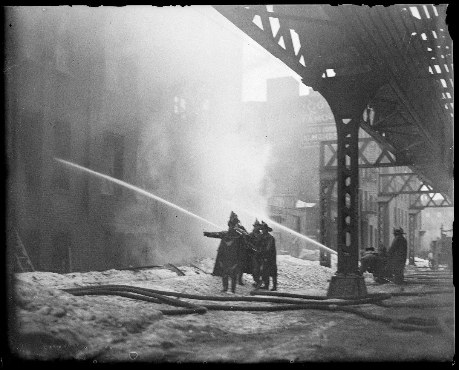 Тушение пожара. Нью-Йорк, США. 1930-е