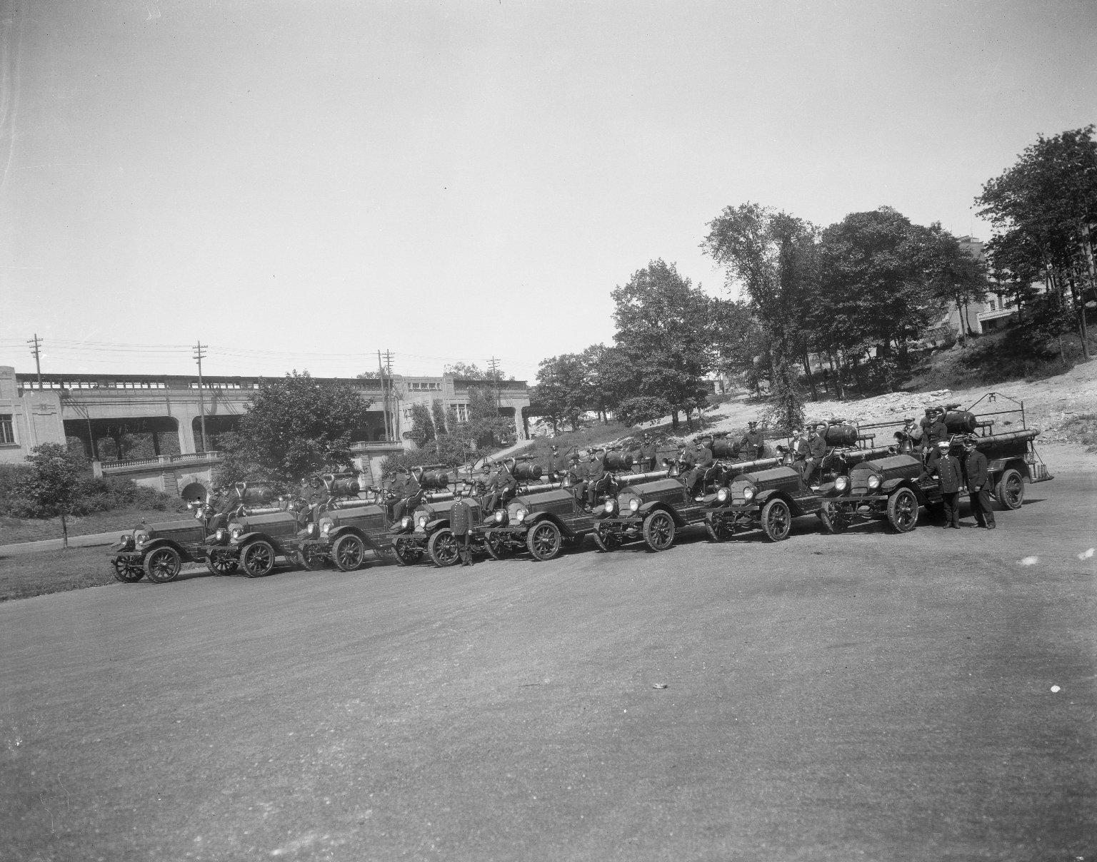 Испытания пожарных автомобилей. Нью-Йорк, США. 1920-е