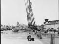 Демонстрация автолестниц и водяных башен. Нью-Йорк, США. 1937 год