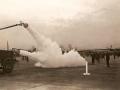Тушение пожара на военном аэродроме Robins AAF. Военный аэродромный пожарный автомобиль Class 150, США, 1945 год