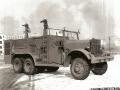 Военный аэродромный пожарный автомобиль Class 155, Kenworth-Mack, USA 508025 на аэродроме Camp Springs AAF, США, 1944 год