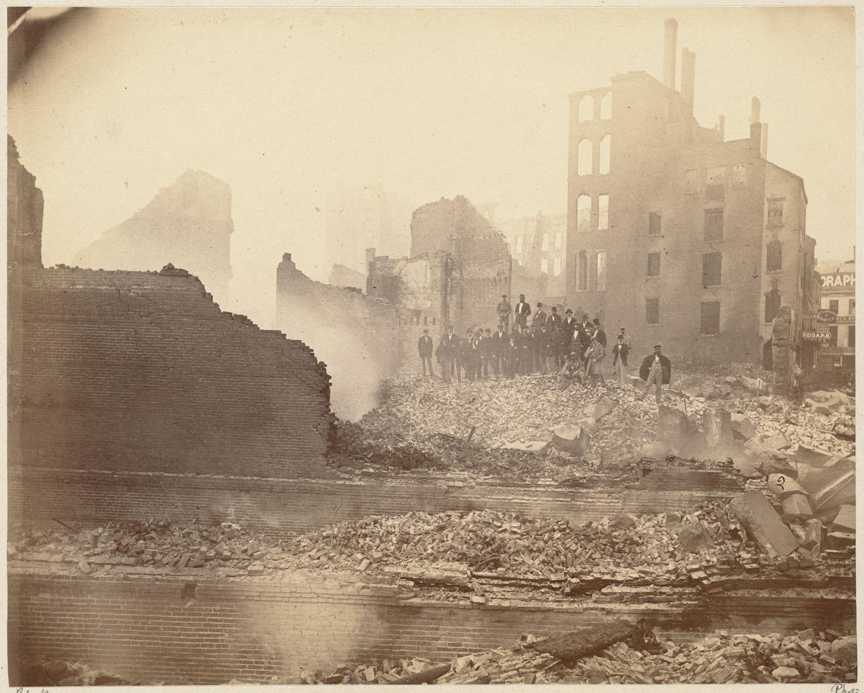 Великий пожар Бостона. 1872 год, США. Вид на Вашинтон Стрит от Милк Стрит