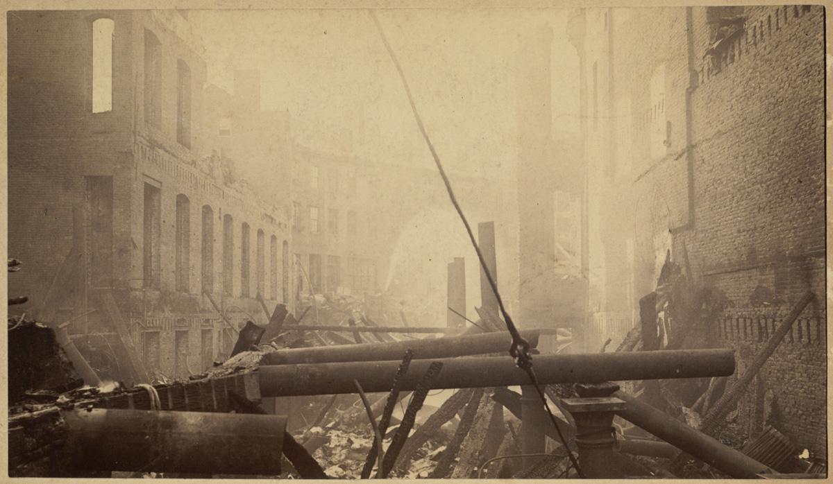 Великий пожар Бостона. 1872 год, США. Остатки здания