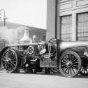 Гибрид паровой и автомобильной пожарной машины