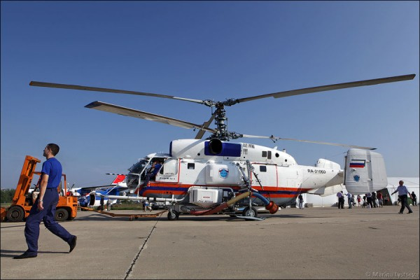 Пожарно-спасательный вертолет Ка-32А с системой горизонтального и вертикального пожаротушения Fire Attack американской фирмы Simplex