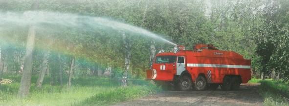 Автомобиль пожарно-спасательный бронированный АПСБ-6,0-40-10 в работе