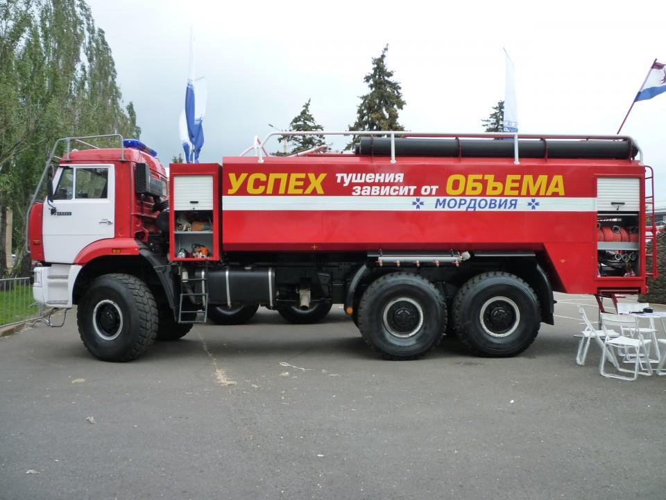 Пожарная автоцистерна тяжелого