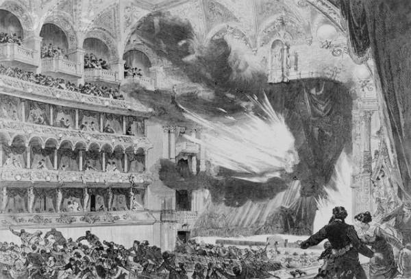 Пожар в Ринг-театре в Вене. Полыхающий занавес взлетает вверх, открывая вид на горящую сцену