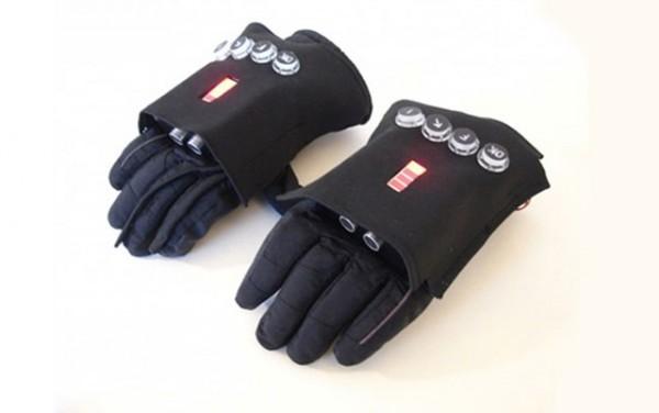 Концепт коммуникационных пожарных перчаток