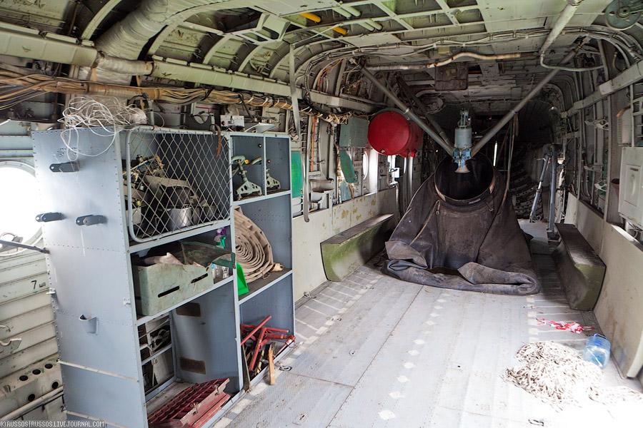 Пожарный вертолет МИ-6ПЖ. Кабина