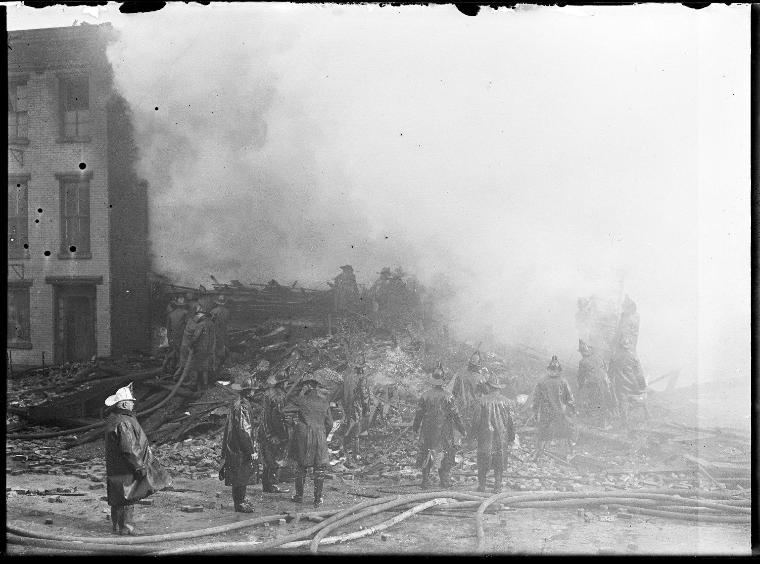 Тушение пожара. Нью-Йорк, США. Начало 20 века