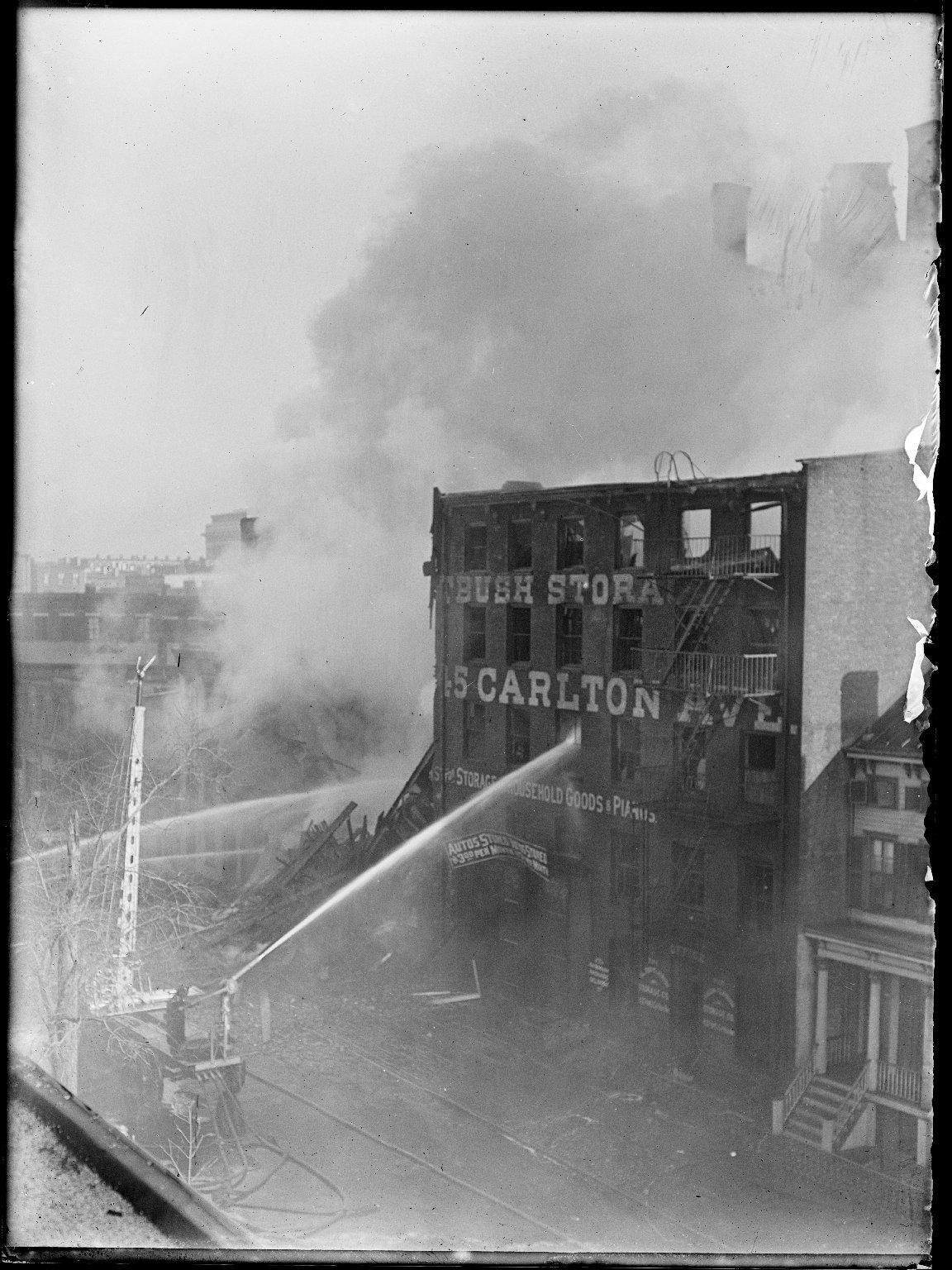 Пожар на складе Нью-Йорк, США. 1916 год