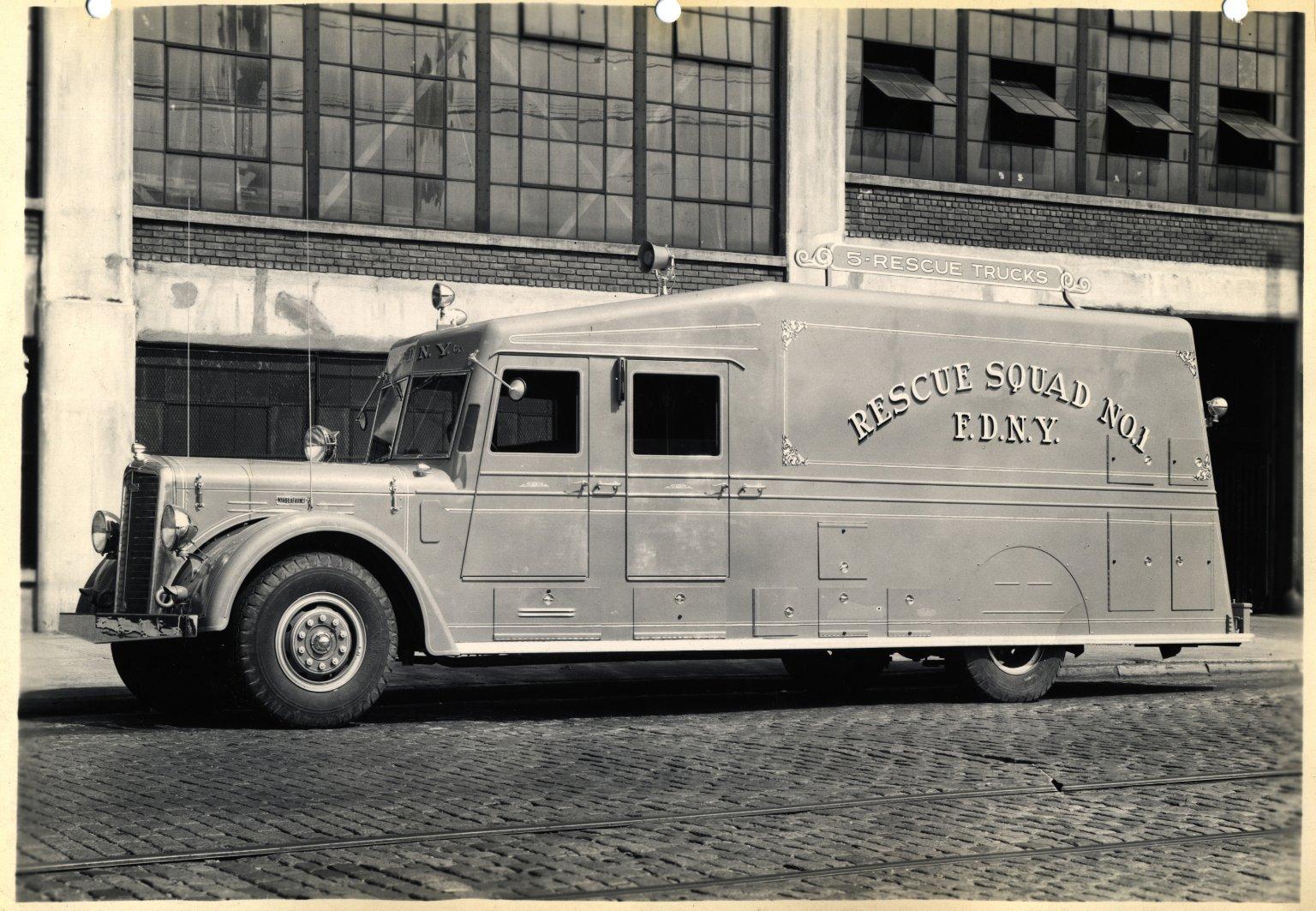 Автомобиль спасательной службы. Нью-Йорк, США. 1950-е
