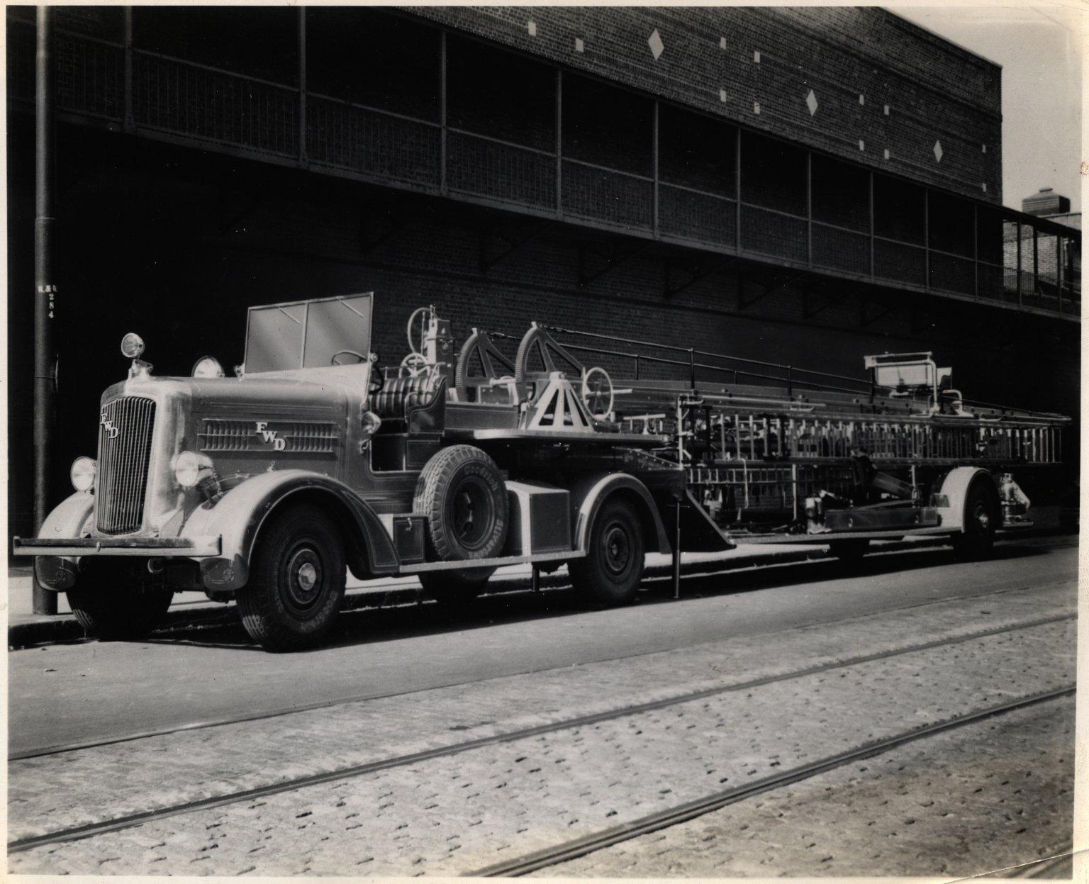 Пожарная автолестница. Нью-Йорк, США. 1950-е