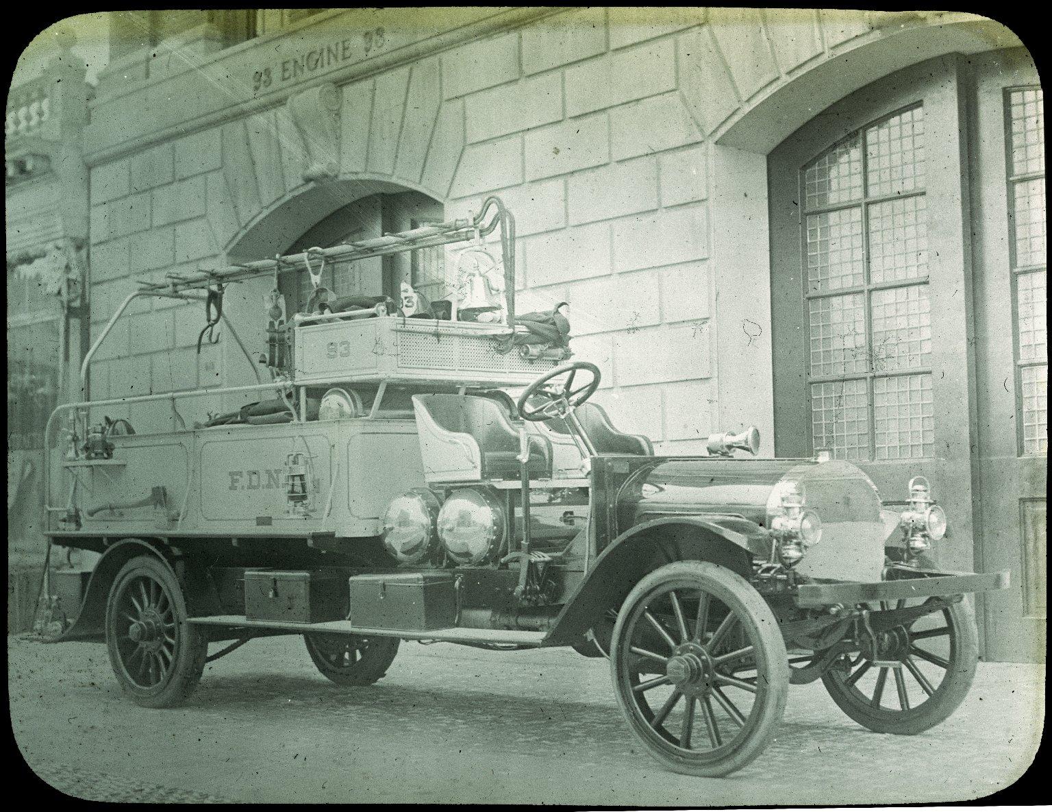 Рукавный автомобиль. Нью-Йорк, США. Начало 20 века