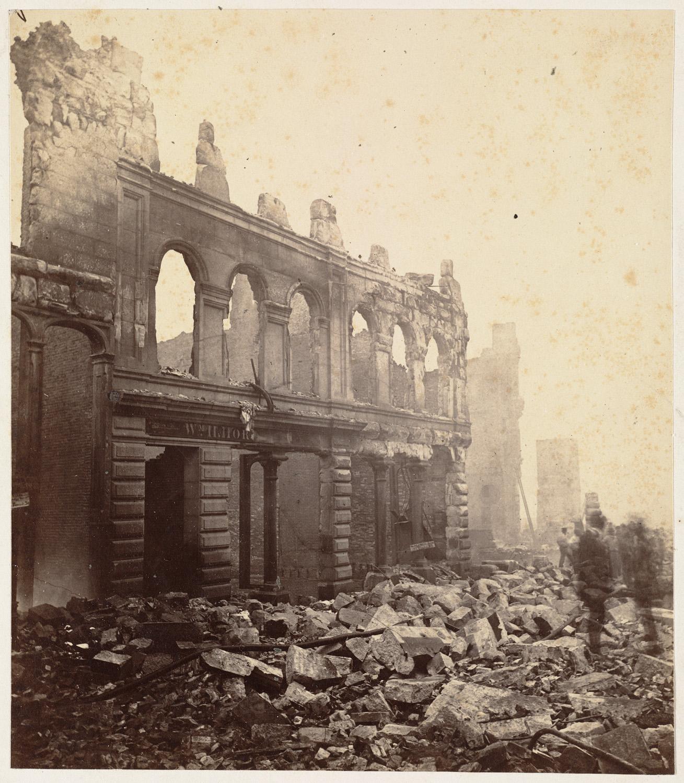 Великий пожар Бостона. 1872 год, США. Руины на Фраклин Стрит около Вашингтон Стрит