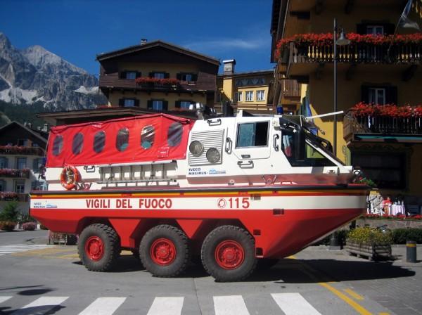 Пожарно-спасательный автомобиль-амфибия Iveco Magirus Marconi Duffy