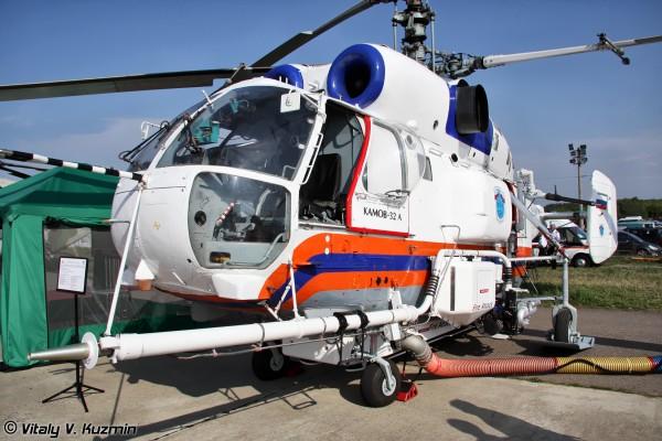 Пожарно-спасательный вертолет Ка-32А. Вид спереди