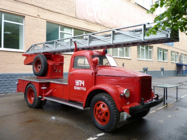Пожарная автолестница АЛГ-17(51)ЛЧ