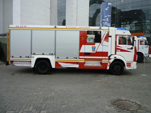 Пожарная автоцистерна АЦ-2,0-40 (КАМАЗ-4308)
