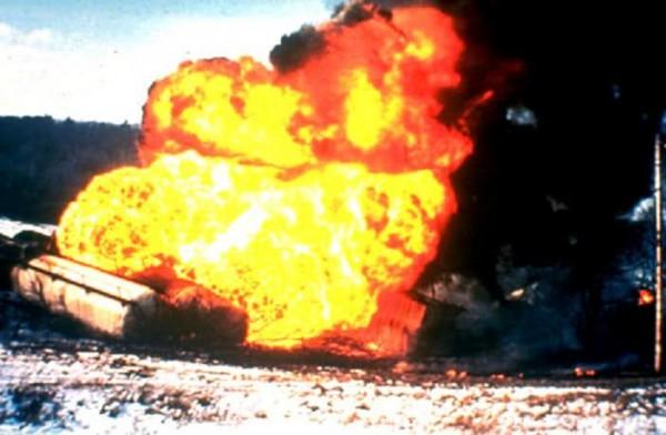 Взрыв и пожар в кемпинге Лос-Альфакес