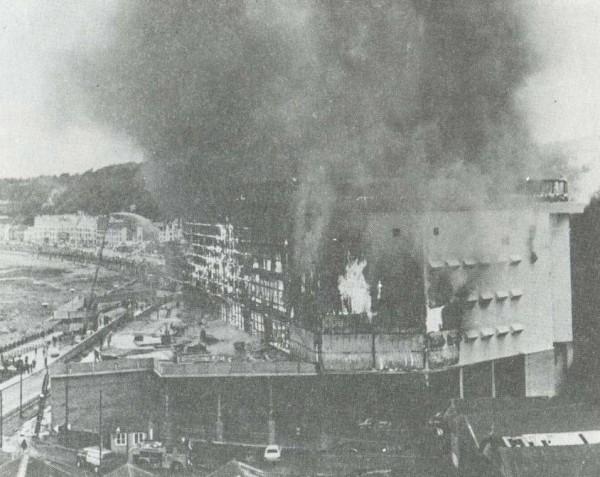 Пожар в развлекательном центре Саммерленд, 2 августа 1973 года, Великобритания