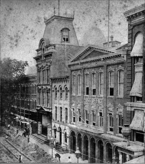 Здание театра в Бруклине до пожара, Нью-Йорк, США
