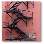 Стационарная пожарная лестница